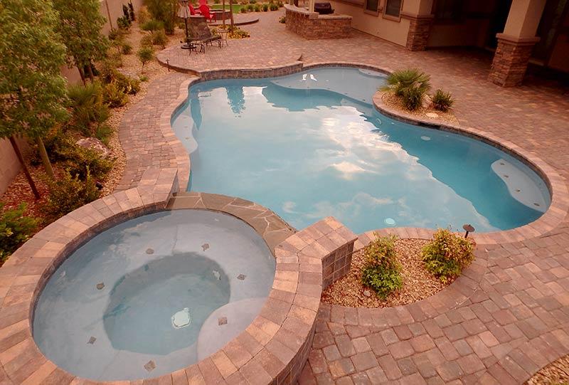 Backyard Swimming Pool and Spa, Firepit And Custom BBQ ...