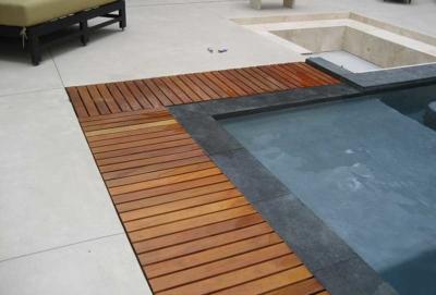 Travertine Deck With Zero Edge Teak Coping